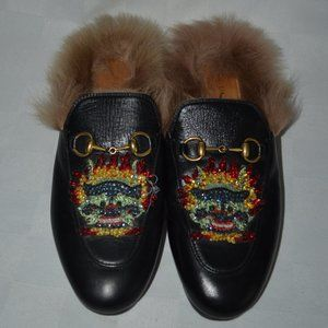 $1150 37 6.5 Gucci Black Leather  Fur Beaded Mules